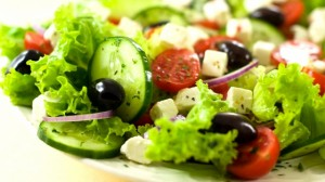 salad_vegetables_olives_cucumbers_cheese_greek_44246_640x360