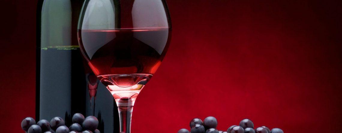 Articol Consumul moderat de vin roșu ține bolile cardiovasculare la distanță - Tehnologie pentru viață