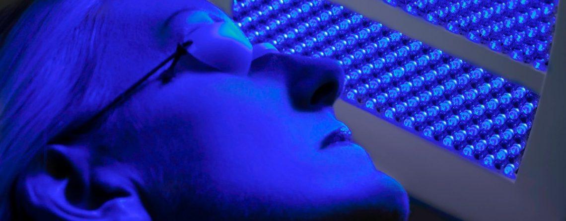 Articol Lumina albastră de la monitoare – pericole și modalități de protecție a ochilor - Tehnologie pentru viață