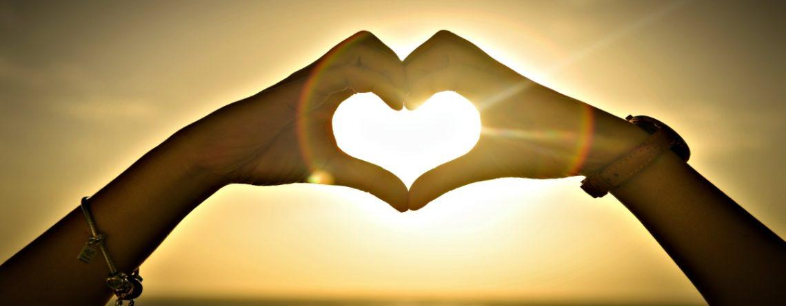 Articol Iubirea universală și legea rezonanței - Tehnologie pentru viață